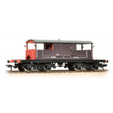 33-827C - 25 Ton Queen Mary Brake Van SR Brown Small Lettering - Regular -37.79
