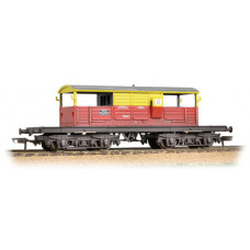 33-831 - 25 Ton Queen Mary Brake Van SatLink Weathered - Regular -40.79