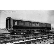 34-460 - Thompson 3rd Class Brake Corridor LNER Teak - Regular -79.79