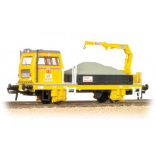 Branch-Line 36-151 - Plasser OWB10 with Crane (Motorised)