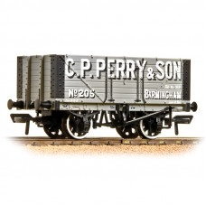 37-117 - 7 Plank Fixed End Wagon C. P. Perry - Regular -27.79
