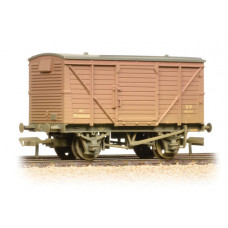 37-804 - 12 Ton Planked Ventilated Van BR Bauxite (Early) Weathered - Regular -31.79