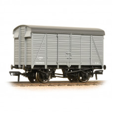 38-080C - 12 Ton Southern 2+2 Planked Ventilated Van LMS Grey - Regular -28.79