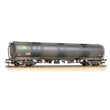38-220B - 100 Ton TEA Bogie Tank Wagon BP Crude Oil Heavily Weathered - Regular -79.79