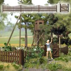 10241 - Wooden Garden Fence