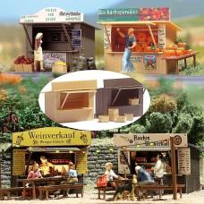 1055 - 2 Stalls w/Crates