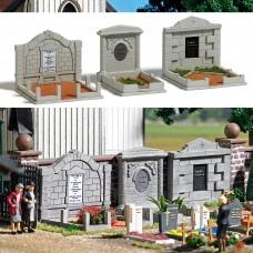 1092 - 3 Family Graves