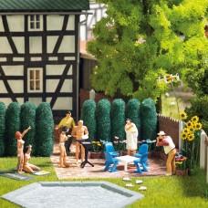 1189 - Garden Furniture