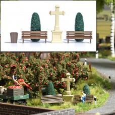 1236 - Park Benches/Bushes/Cross