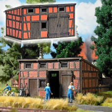 1455 - Backyard Annex Building