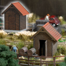 1545 - Wooden Oil Shed