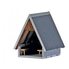 1560 - Wooden Refuge Hut