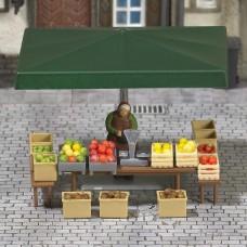 7706 - Fruit & Vegetable Stall