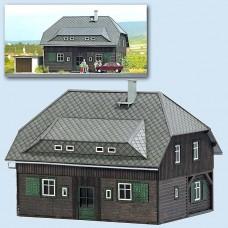 8245 - Village House