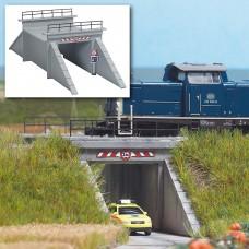 8791 - Concrete Underpass