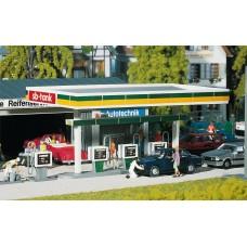 Faller 130346 Gas Pumps w/Service Bay