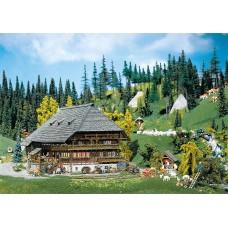 Faller 130366 Black forest farmyard