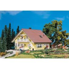 Faller 130397 Familia house
