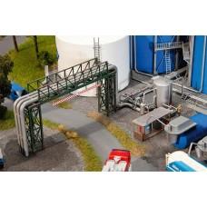 Faller 130487 Pipeline & Filling Plant