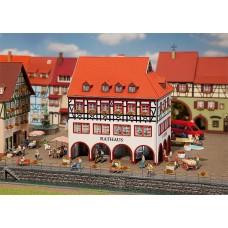 Faller 130491 Town Hall w/Corner Arcade