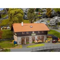 Faller 130518 Feneberg Rural Suprmarket