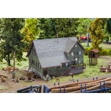 Faller 130519 Forester's Lodge