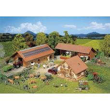 Faller 130520 Breeding Farm