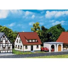 Faller 282762 Developement House w/Grg