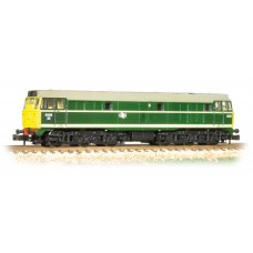 Graham Farish  371-110 - Class 31 5826 BR Green Full Yellow Ends