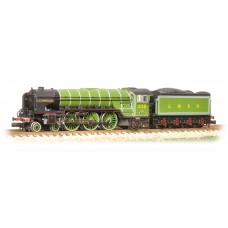 Graham Farish  372-385 - Class A2 525 'A H Peppercorn' LNER Lined Apple Green