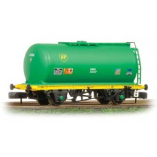 Graham Farish  373-775A - (D) 45 Tonne glw TTA Tank Wagon 'BP' Green