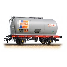 Graham Farish  373-780 - 45 Tonne glw TTA Tank Wagon 'Total'