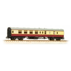 Graham Farish  374-185C - BR Mk1 BSK Brake Second Corridor Crimson & Cream