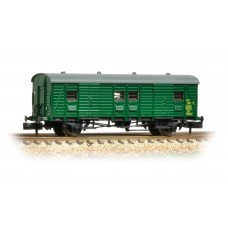 Graham Farish  374-416 - Southern PL Passenger Luggage Van BR (SR) Green