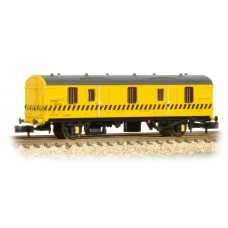 Graham Farish  374-643 - BR MK 1 CCT Re-Railing Livery Yellow c/w Black Hatch Line