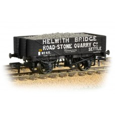 Graham Farish  377-032 - 5 Plank Wagon 'Helwith Bridge Road Stone Quarry' with Load