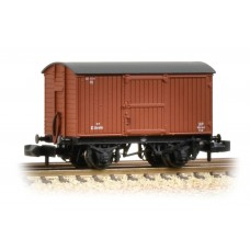 Graham Farish  377-976A - 12 Ton Eastern Ventilated Van Planked Ends BR Bauxite (Early)