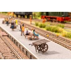 Noch  13700 - Platform Trolley