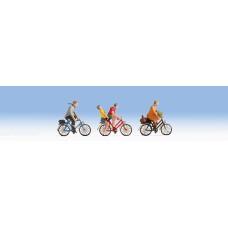 Noch  15898 - Cyclists
