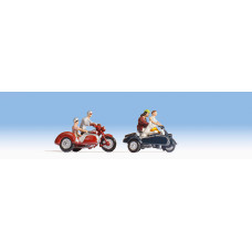 Noch  15905 - Motorcyclists w/Sidecar