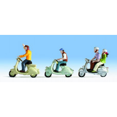 Noch  36910 - Scooters w/Riders