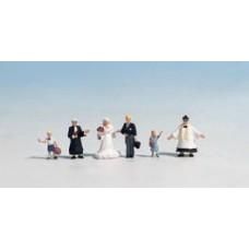 Noch  45860 - Wedding Party & Pastor 6/