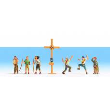 Noch  45874 - Mountain Hikers w/Cross