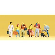 Preiser 10115 - Standing passengers    6/