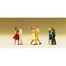 Preiser 10120 - Couples dancing        3/