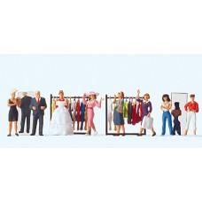 Preiser 10586 - At The Fashion Shop