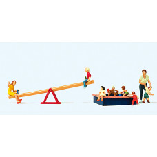 Preiser 10587 - Children at Play 8/