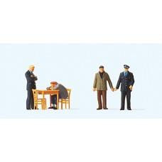 Preiser 10590 - Under Interrogation