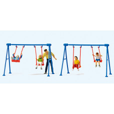 Preiser 10630 - Children on the Swings 4/