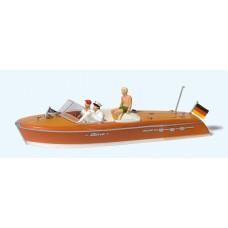 Preiser 10688 - Motor Boat w/Crew #1